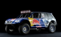 2008-Volkswagen-Red-Bull-Baja-Race-Touareg-TDI-Trophy-Truck-Studio-Front-And-Side-Lights-1280x960
